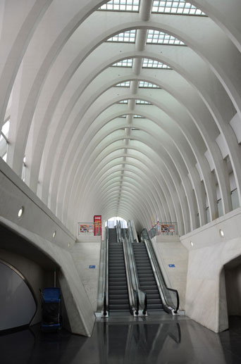Liège-Guillemins train station, Liège, 2009. Santiago Calatrava, architect.